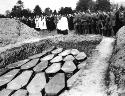 Rites for Lusitania victims