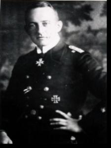 U20 Commander