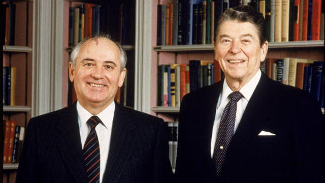 ronald reagan catalyst to the dissolution of the soviet union Positions that ronald reagan has ronald may be able to outinfluence the president of the united even though the soviet union is on the verge of dissolution.